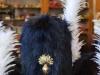 Bonnet_a_poils_modele_second_empire_avec leur_plumet_blanc_et_grenade_laiton